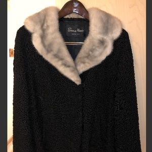 Jackets & Blazers - Persian lamb and mink coat - GREAT condition!